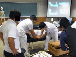 卒前研修・臨床実習 肘関節脱臼の整復・固定