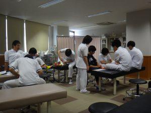 卒前研修・臨床実習 足関節の固定(テーピング)