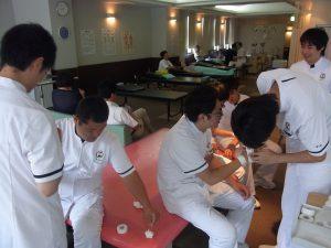 卒前研修・臨床実習 手指のテーピング