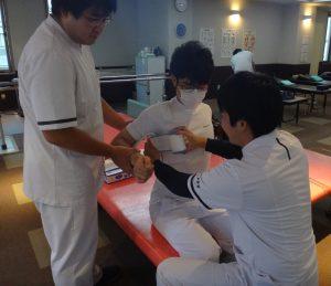 卒前研修・臨床実習 上腕骨骨折の固定