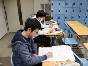 3年生国家試験勉強中